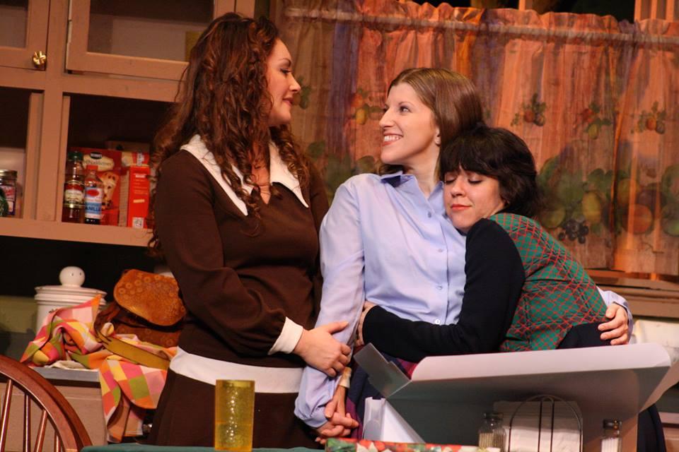 (L-R) Katie Mixon, Allison Allgood, Erin Huiett